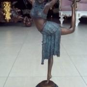 """Скульптура """"Танцовщица с обручем"""""""
