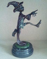 """Скульптура """"Бегущий тролль"""""""