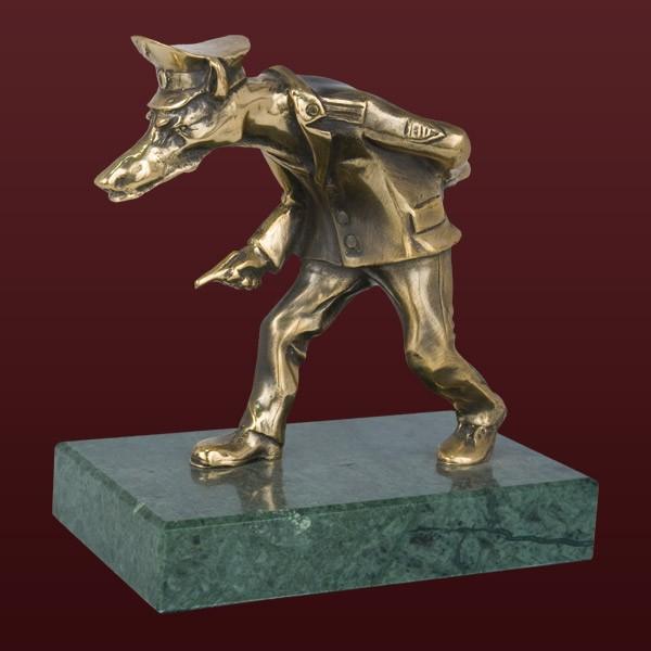 Скульптура «Сыщик»